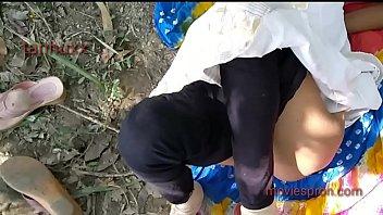 Тайская шалава с шикарными сисяндрами трахается с клиентом в номере