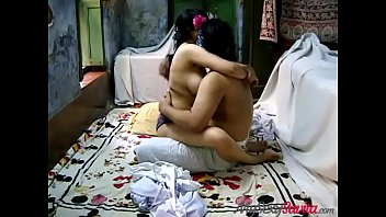 Очередная шлюха из снг принимает сразу два пениса на траха порно отборе развратника вудмана